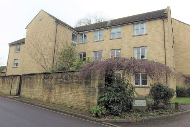 Thumbnail Flat to rent in Mullings Court, Cirencester
