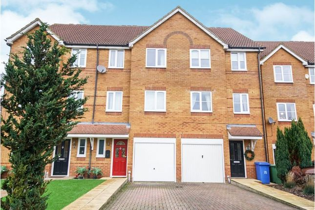 Thumbnail Terraced house to rent in Beech Close, Aldershot