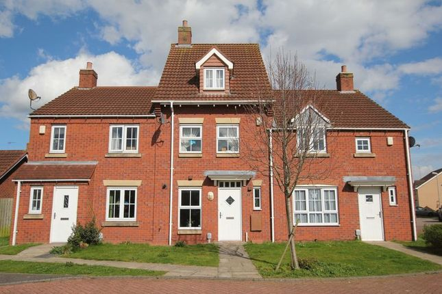Thumbnail Terraced house to rent in Rivelin Park, Kingswood, Hull