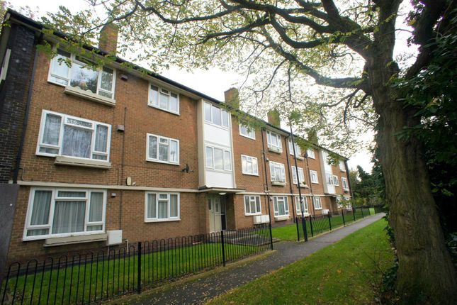 Thumbnail Flat to rent in Waterford Drive, Chaddesden, Derby