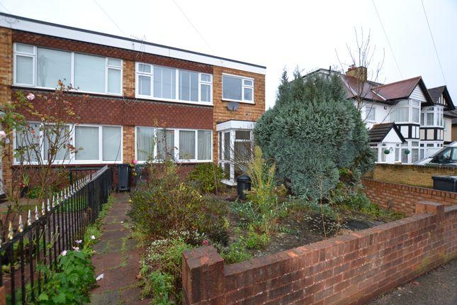 Thumbnail Maisonette to rent in Bennett House, Priory Road, Loughton, Essex