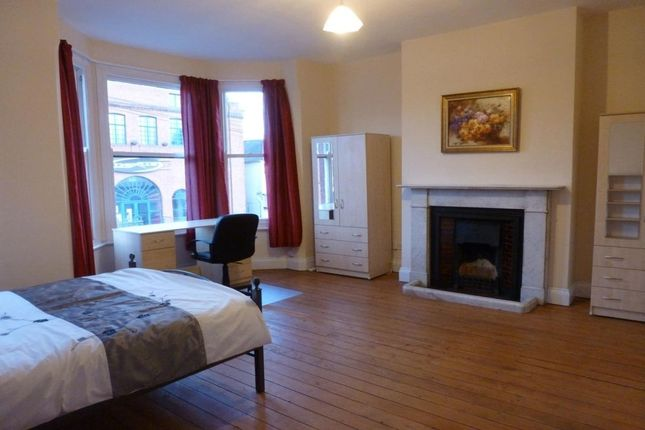 Thumbnail Terraced house to rent in Priory Court, Albany Road, Earlsdon, Coventry
