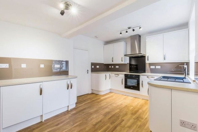 Thumbnail Flat for sale in Bullace Lane, Dartford