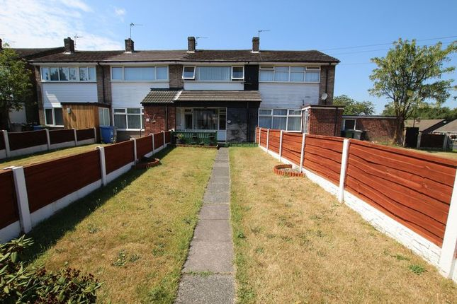 Thumbnail Town house to rent in Meadow Walk, Partington, Manchester