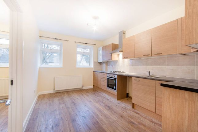 Thumbnail Flat to rent in Westmead Road, Sutton