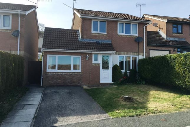 Thumbnail Property to rent in Oaklands View, Greenmeadow, Cwmbran