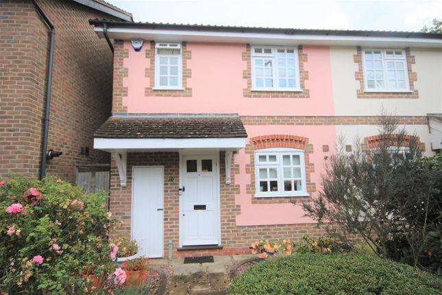 Property for sale in Osborne Close, Cockfosters, Barnet