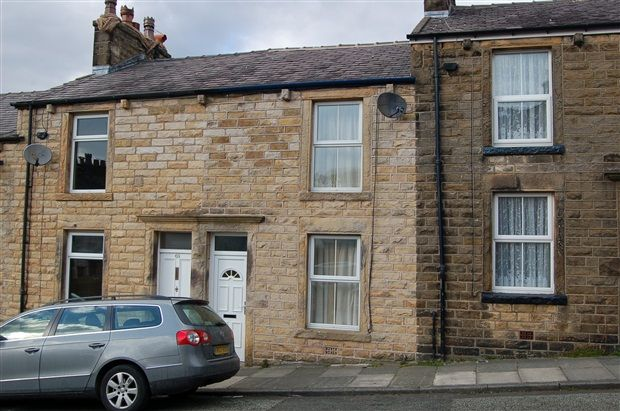 Thumbnail Property to rent in Stirling Road, Lancaster