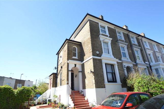 1 bed maisonette to rent in Lower Addiscombe Road, Addiscombe, Croydon