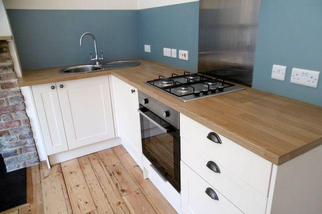 Thumbnail Flat to rent in Daniel Street, Bathwick, Bath