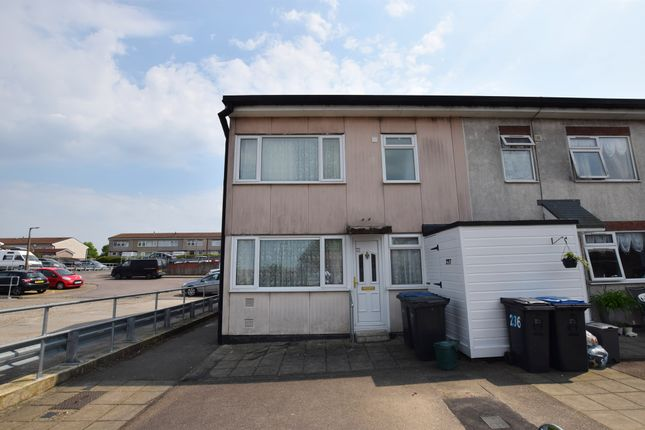 Thumbnail End terrace house for sale in Berecroft, Harlow