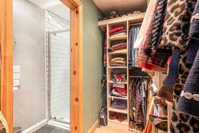 Dressing Room / En Suite