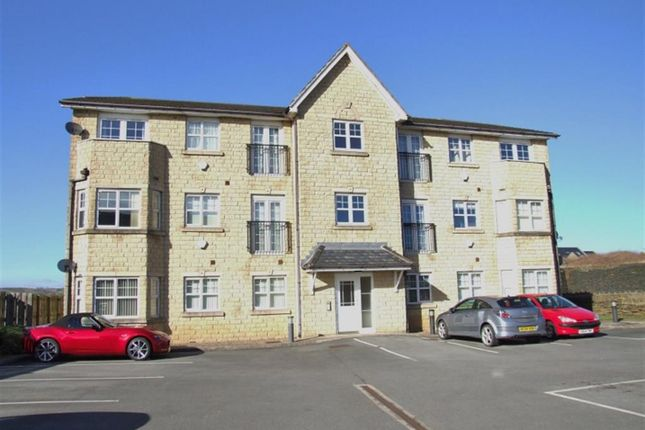 Thumbnail Flat for sale in Calder Edge, Southowram, Halifax