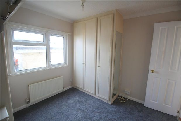 Bedroom of Willow Crescent, Leyland PR25