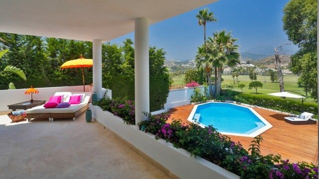 Pool Views of Spain, Málaga, Marbella, Nueva Andalucía