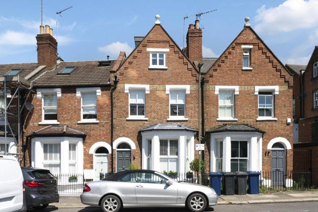 Picture No. 05 of Prospect Road, Child's Hill, London NW2