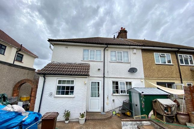 Picture No. 15 of Snelling Avenue, Northfleet, Kent DA11