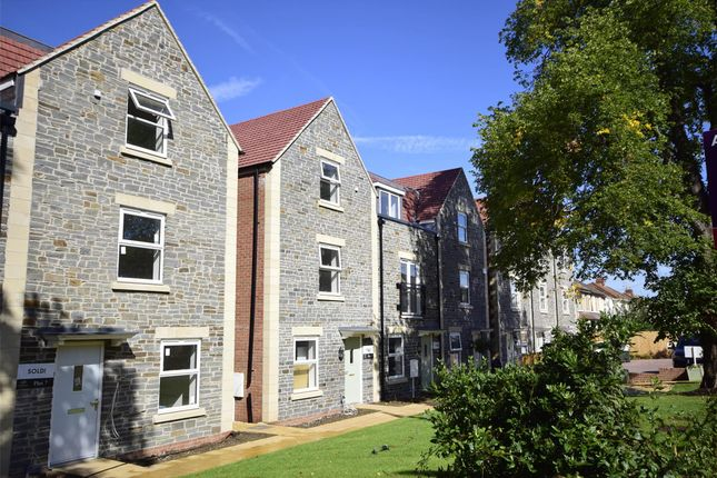 Property Image 0 of Richmond Grove, Mangotsfield, Bristol BS16