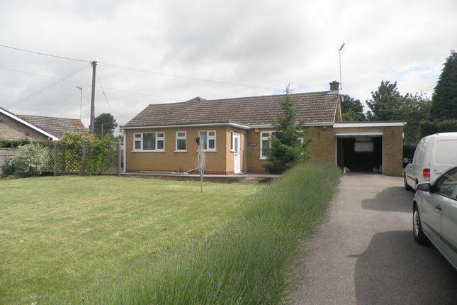 Thumbnail Bungalow to rent in Colletts Bridge Lane, Elm, Wisbech