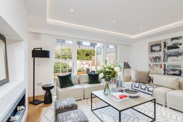 Thumbnail Terraced house for sale in Browning Close, Little Venice, London