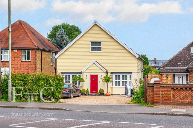 Thumbnail Detached house for sale in Ware Road, Hoddesdon, Hertfordshire