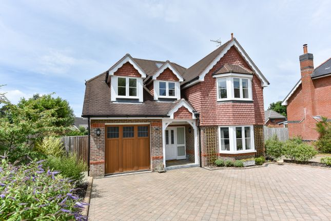 Thumbnail Detached house for sale in Highfield Gardens, Liss