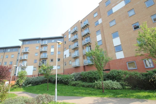 Thumbnail Flat for sale in Sail House, Ship Wharf, Colchester