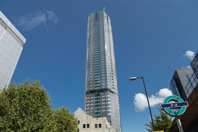 Thumbnail Flat for sale in The Madison, Canary Wharf, London
