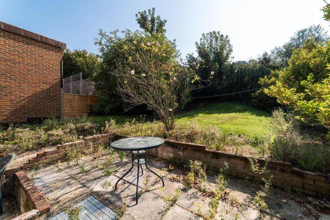 Semi-detached house to rent in Pretoria Road, Canterbury