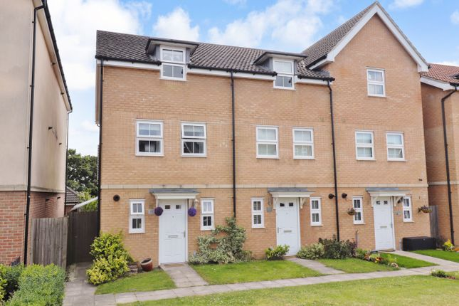 Thumbnail Town house for sale in White's Way, Hedge End, Southampton