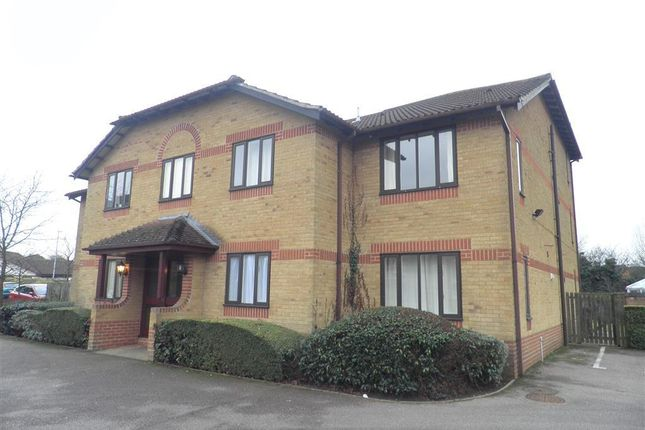 1 bed flat to rent in Hirondelle Close, Northampton