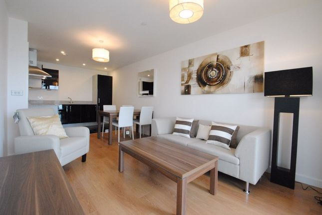 Thumbnail Flat to rent in 25 Barge Walk, Greenwich, London