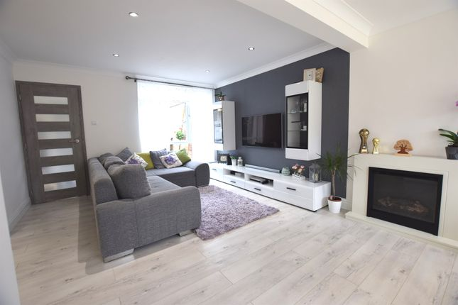 Thumbnail Semi-detached house for sale in Paddock Mead, Harlow
