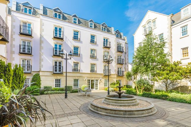 Thumbnail Flat to rent in Glategny Esplanade, St. Peter Port, Guernsey
