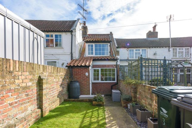 Thumbnail Semi-detached house for sale in Alma Place, Spilsby