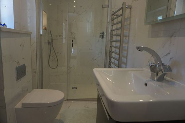 En-Suite of Ide Hill, Sevenoaks TN14