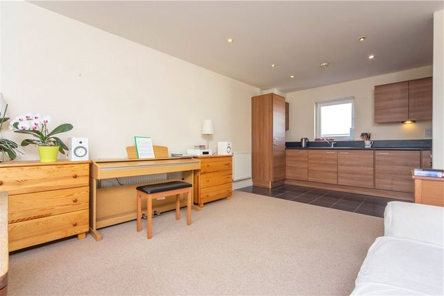 Lounge of Tean House, Havergate Way, Reading RG2