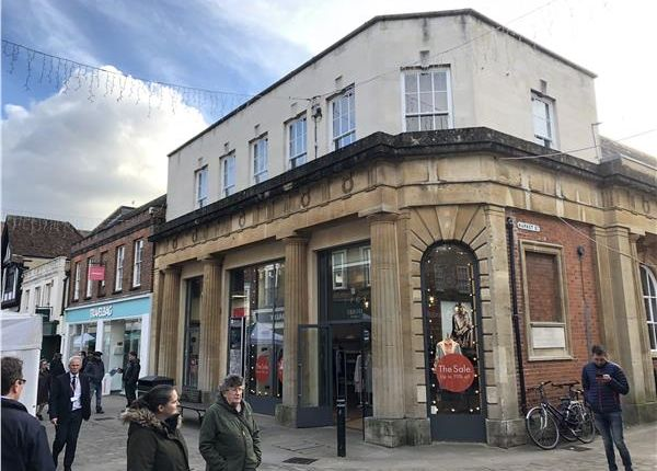 Thumbnail Retail premises to let in 1 Old Market House, High Street, Winchester, Hampshire