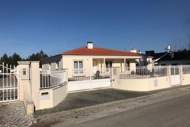 4 bed villa for sale in Pataias, Leiria