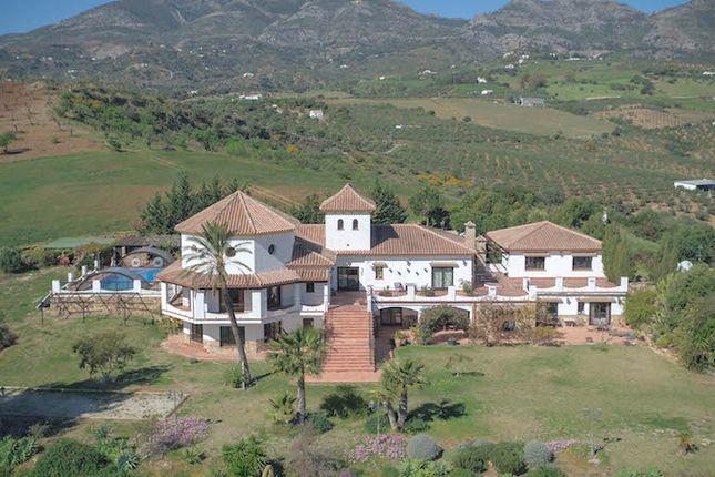 Detached house for sale in Casarabonela, Málaga, Andalusia, Spain