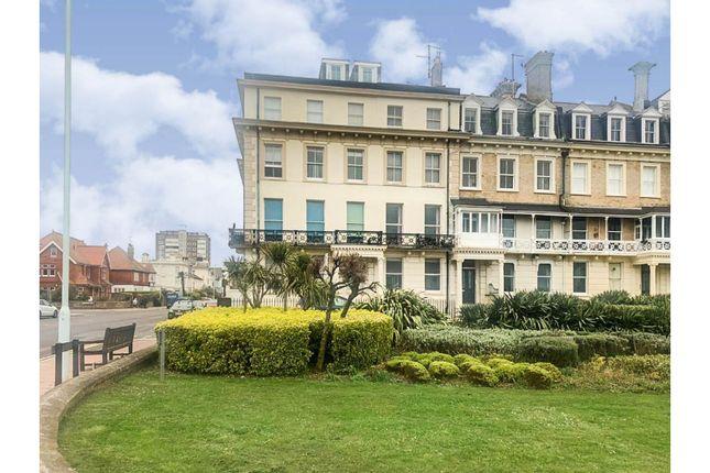 Flat for sale in 18 Heene Terrace, Worthing