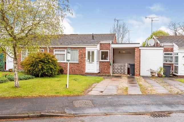Thumbnail Bungalow for sale in Grassington Avenue, Woodloes Park, Warwick, Warwickshire