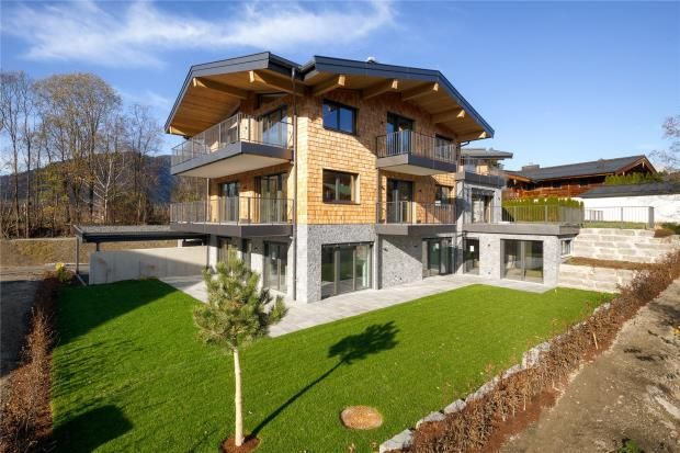 Thumbnail Town house for sale in Townhouse, Kitzbuhel, Tirol, Austria, 6380