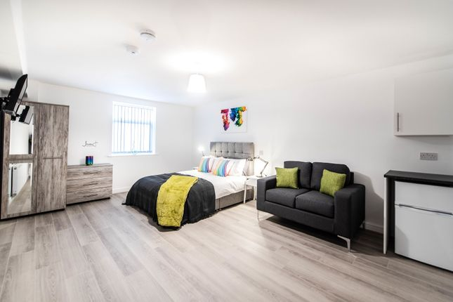 Thumbnail Room to rent in Borough Road, St. Helens