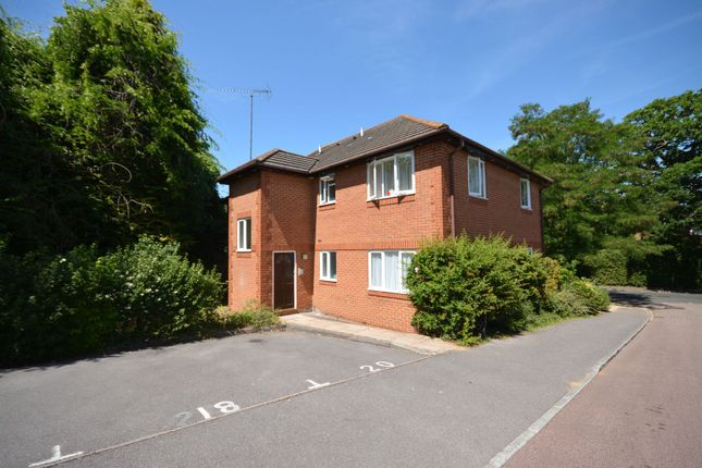 Thumbnail Flat to rent in Broome Court, Bracknell