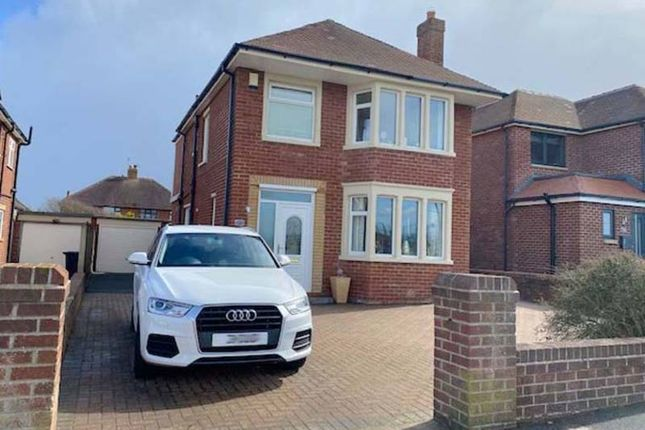 Thumbnail Detached house for sale in Queens Promenade, Thornton-Cleveleys