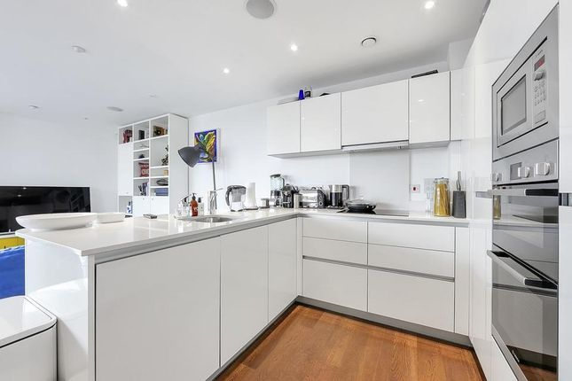 Kitchen of Woodberry Grove, London N4