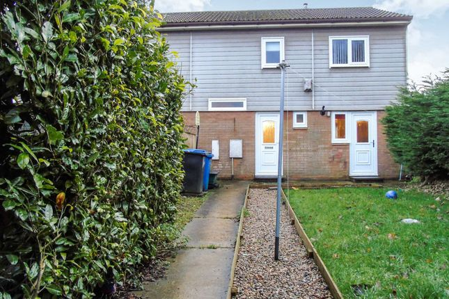 3 bed terraced house to rent in Furness Close, Peterlee SR8