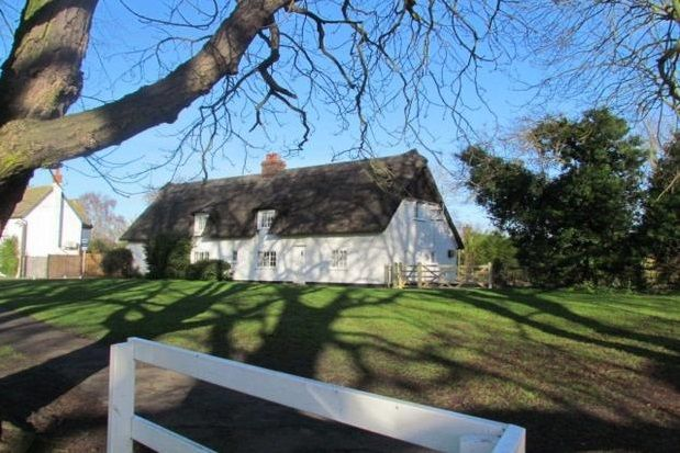 Thumbnail Cottage to rent in The Green, Histon, Cambridge