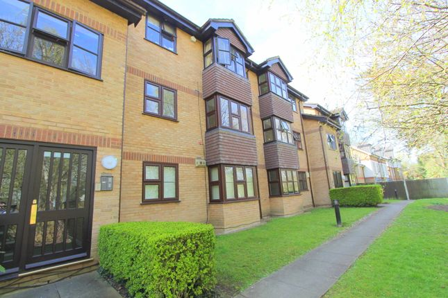 Thumbnail Flat for sale in 21 Whelan Way, Wallington